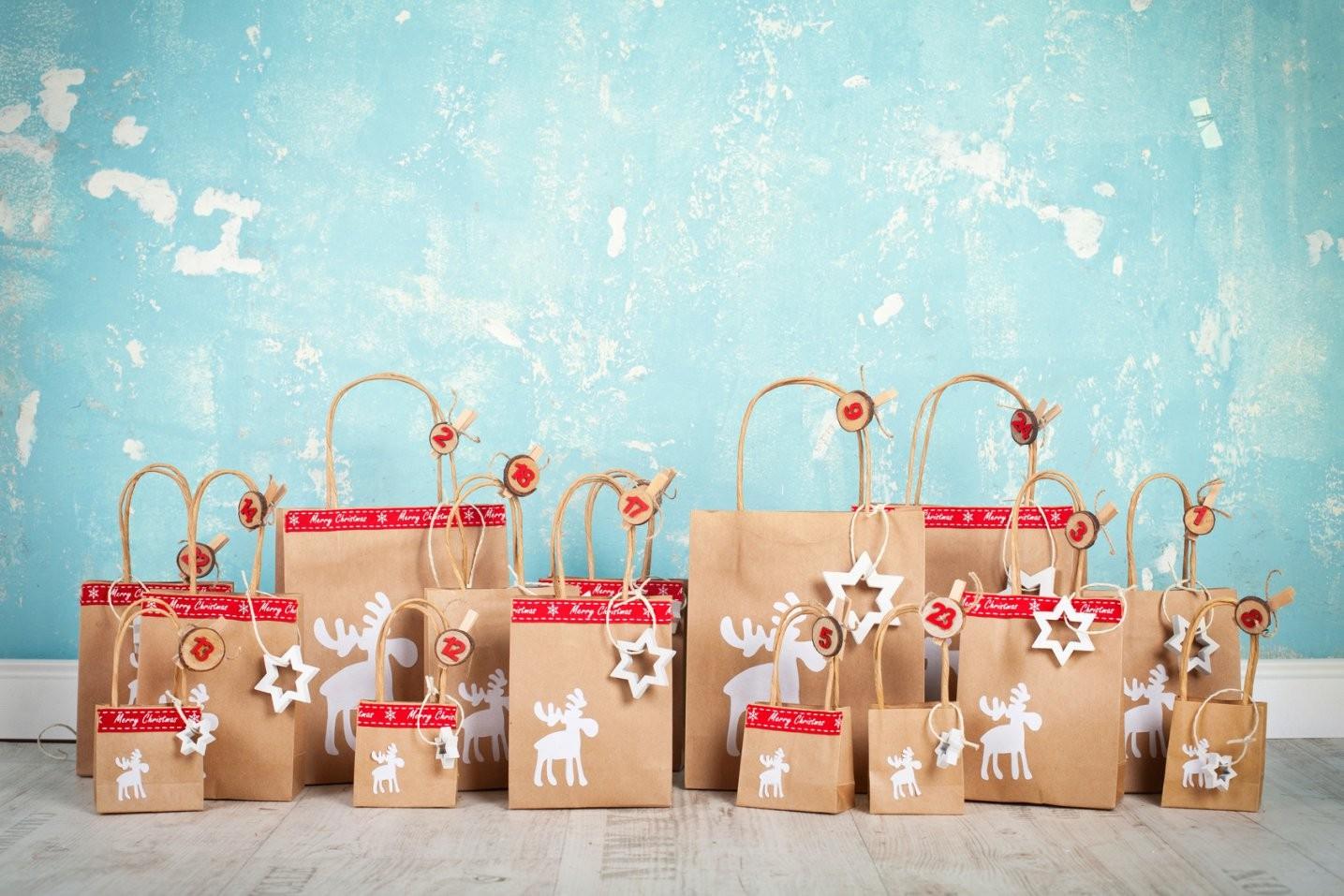 Adventskalender Für Kleinkinder Befüllen  Was Kommt In Die 24 Päckchen von Paar Adventskalender Selber Machen Photo