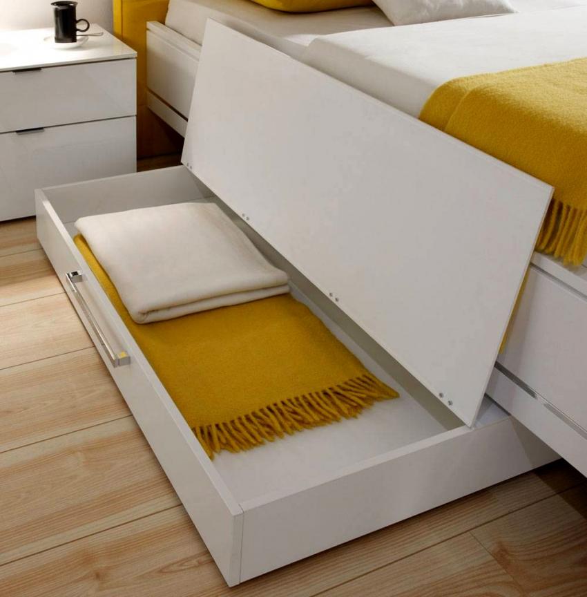 Atemberaubend Bett Mit Stauraum 200X200 100X200 Schon Betten 140X200 von Bett Mit Stauraum 200X200 Bild