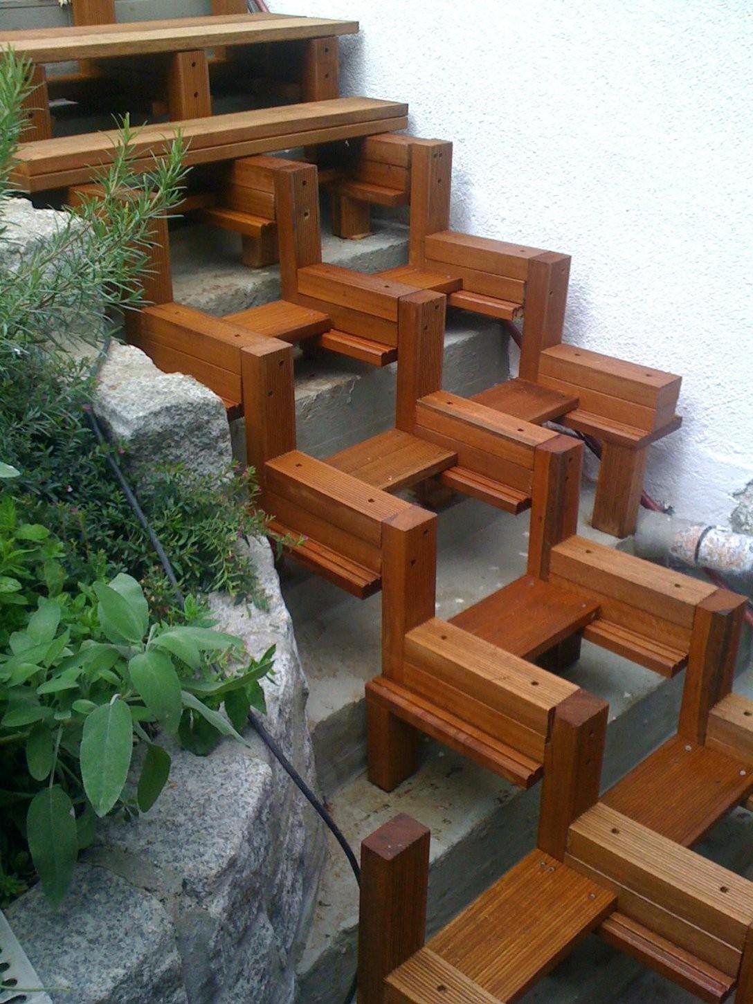 Aussentreppe Bauen Terrasse Treppe Selbst Holz Lassen Mit Einfachen von Terrasse Treppe Selber Bauen Bild