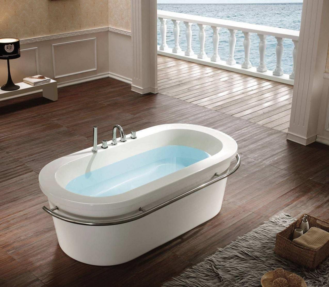 Badewanne Freistehend Günstig  Badezimmer von Freistehende Badewanne Günstig Kaufen Bild