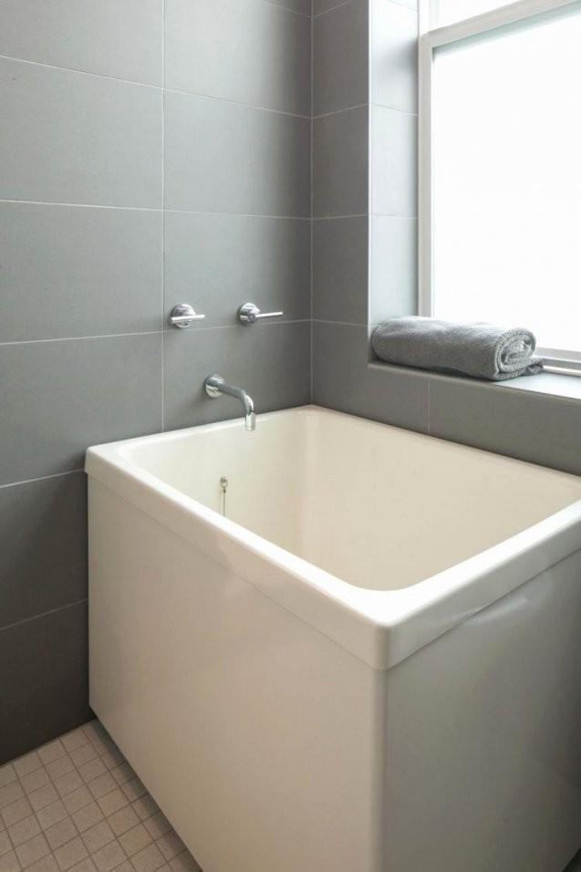 Badewanne Klein  Dusche Silikon Erneuern Exklusive Die Meisten von Freistehende Badewanne Klein Photo