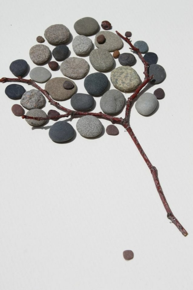 Basteln Mit Steinen  Dekorieren Sie Hübsch Ihr Haus & Garten von Steine Kleben Garten Photo