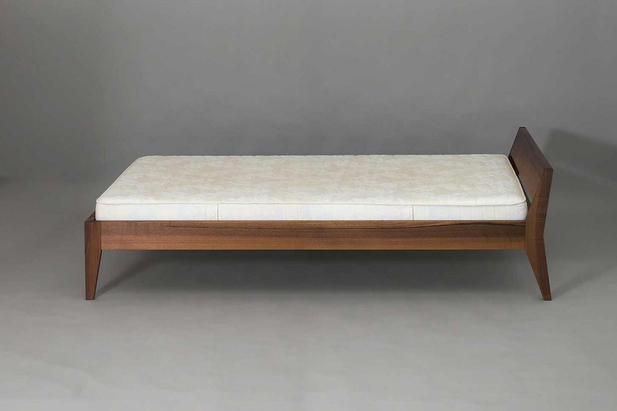 Bett Holz Elegant Und Leicht Kopfteil Längsstütze  Schreinerei von Bett Holz 120X200 Photo