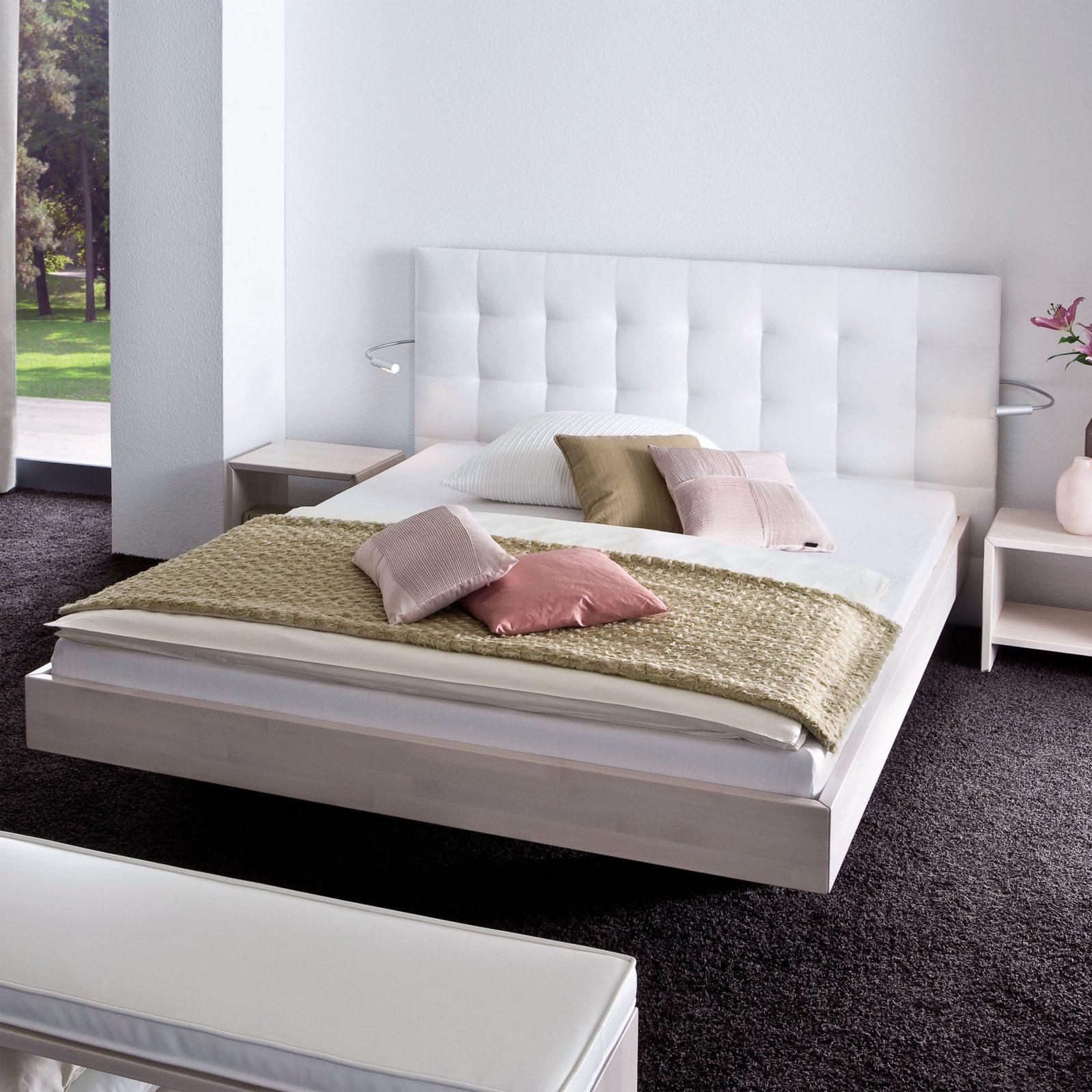 Bett Leder Wei 140X200 Awesome Affordable Billig Bett X Wei Mit von Boxspring Matratze Für Normales Bett Bild