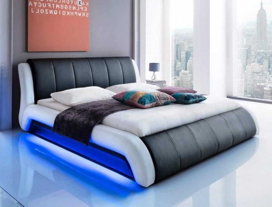 Bett Mit Led Beleuchtung Fotos Das Wirklich Wunderbar – Theartof von Bett Mit Led 140X200 Bild