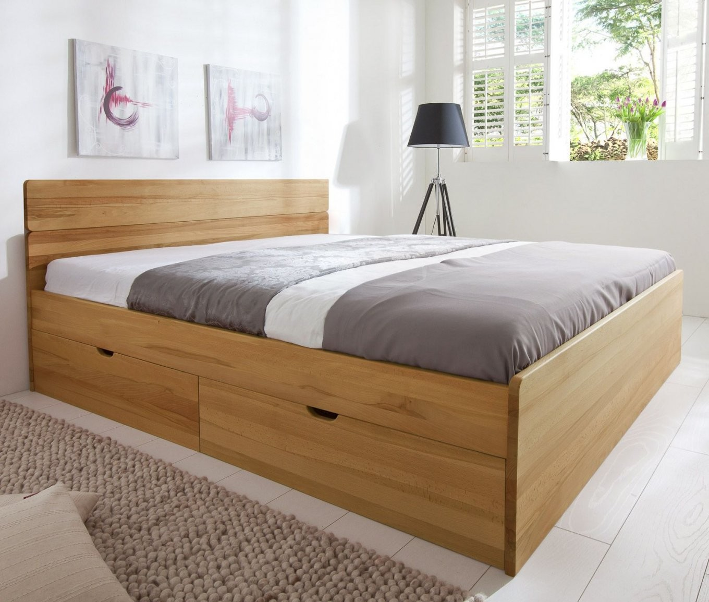 Das Bett Überzeugt Durch Seine Stabilität  Hier In Massiver von Stauraum Bett 180X200 Massivholz Photo