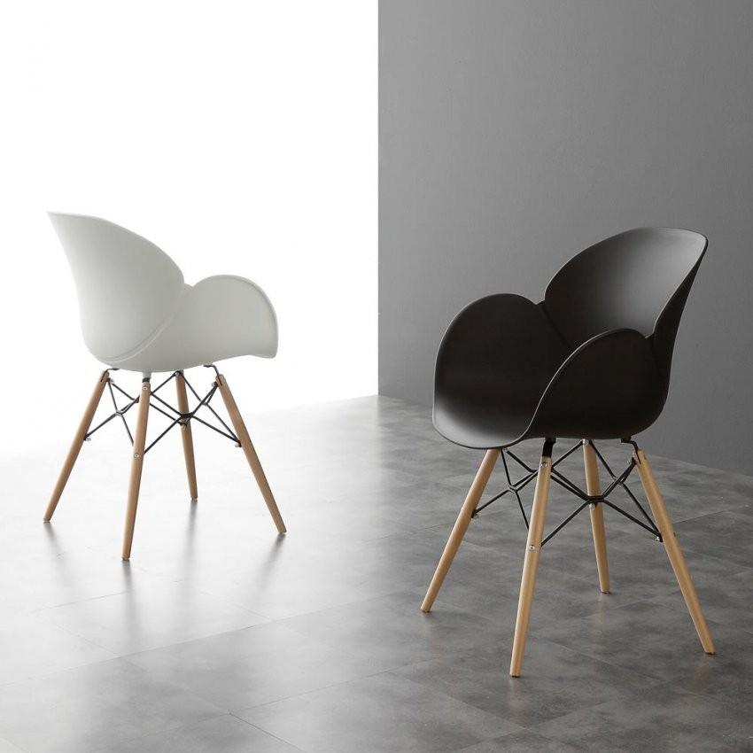 Design Stuhl Mit Stuhlbeinen Aus Massivholz Nora von Stühle Modernes Design Photo