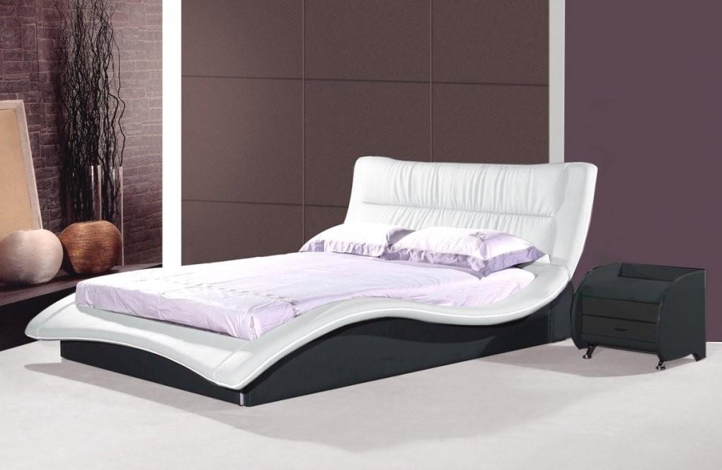Designer Lederbett Schwarz Und Weiss Wellenförmiges Leder von Moderne Betten 140X200 Bild