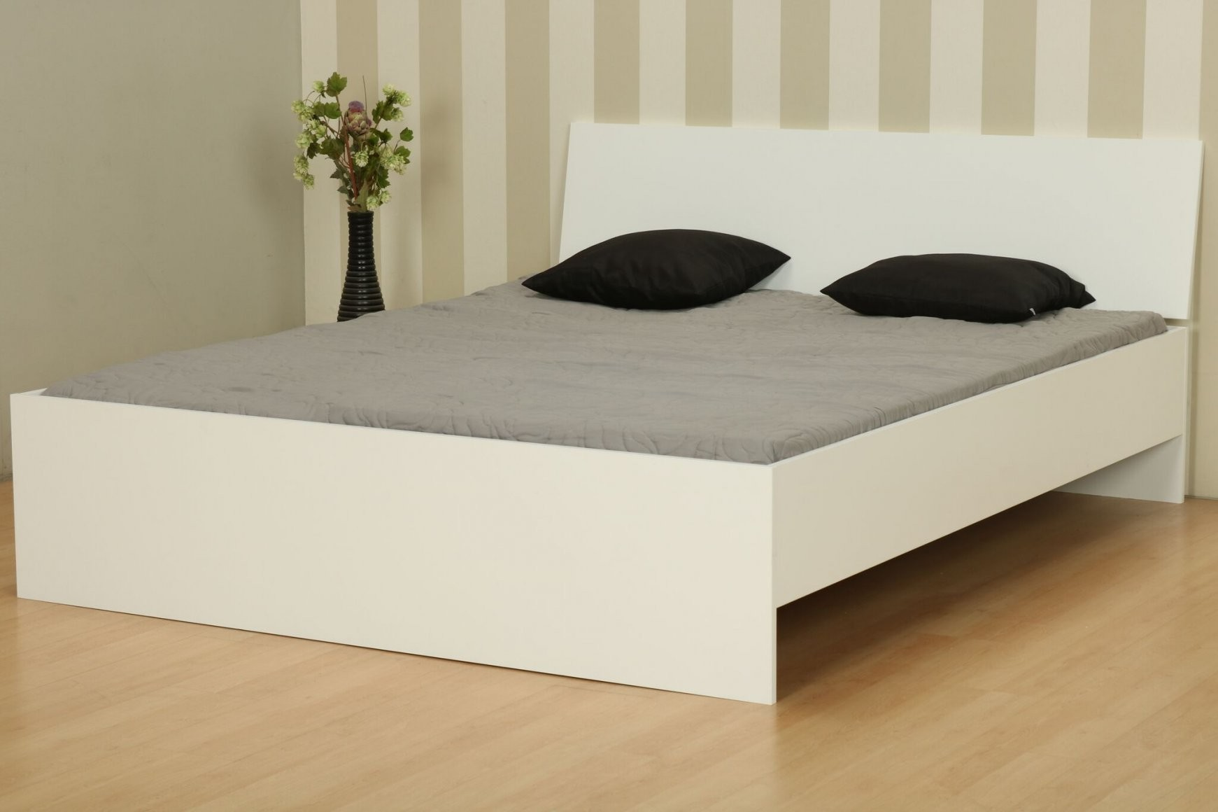 Doppelbett 160X200 Cm Ehebett Holz Bett Bettgestell Bettrahmen von Bettgestell 160X200 Holz Photo