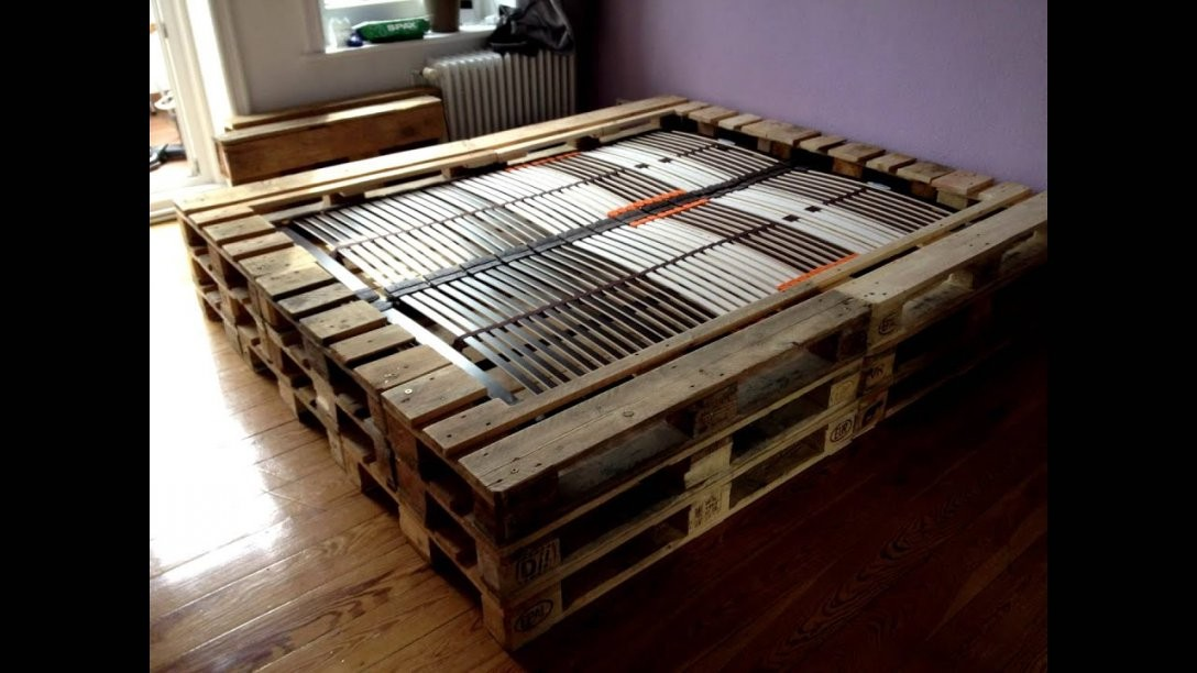 Doppelbett Aus Europaletten  Youtube von Paletten Bett 200X200 Bild