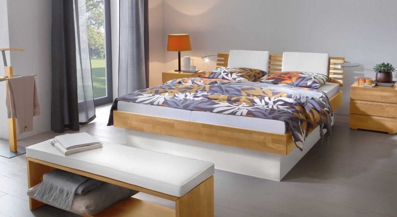 Echtholzbett Mit Bettkasten Für Viel Stauraum  Grosseto von Echtholz Bett Mit Bettkasten Photo