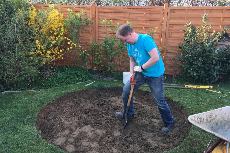 Einen Pflasterkreis Im Garten Verlegen – Ländchenlust von Steine Im Garten Verlegen Bild