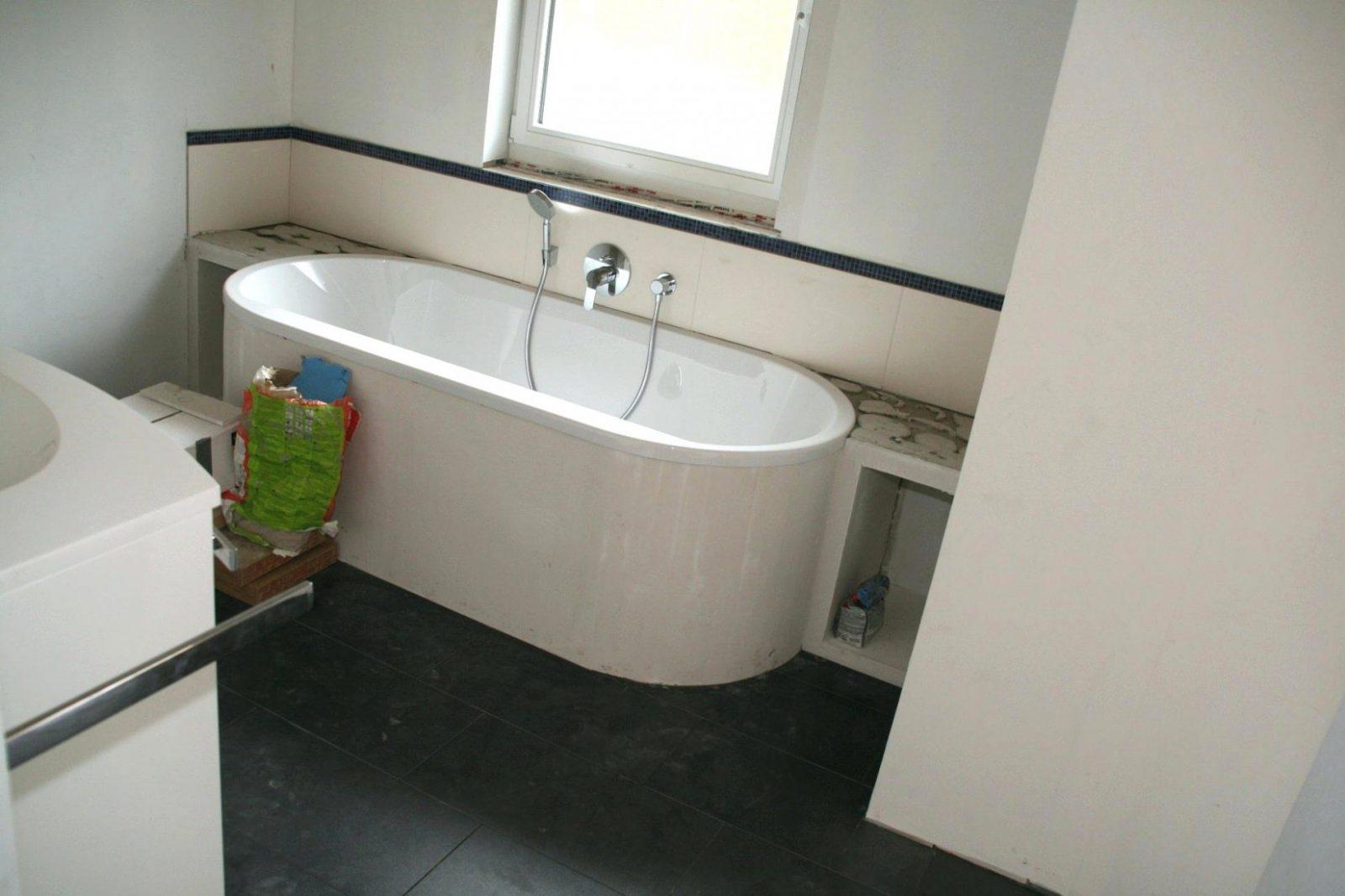 Freistehende Badewanne Bestellen Auf Konzept Freistehende Badewanne von Freistehende Badewanne Einbauen Bild