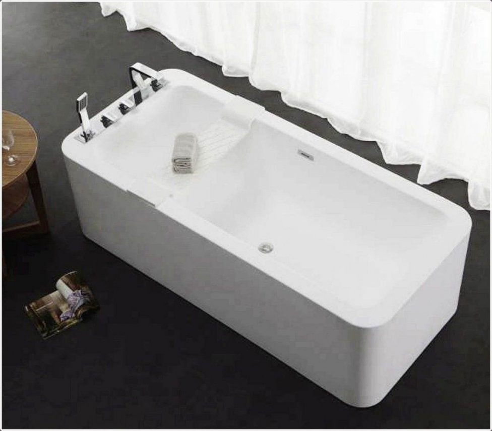 Freistehende Badewanne Mit Armatur Freistehende Badewanne Mit Von von Freistehende Badewanne Mit Integrierter Armatur Bild