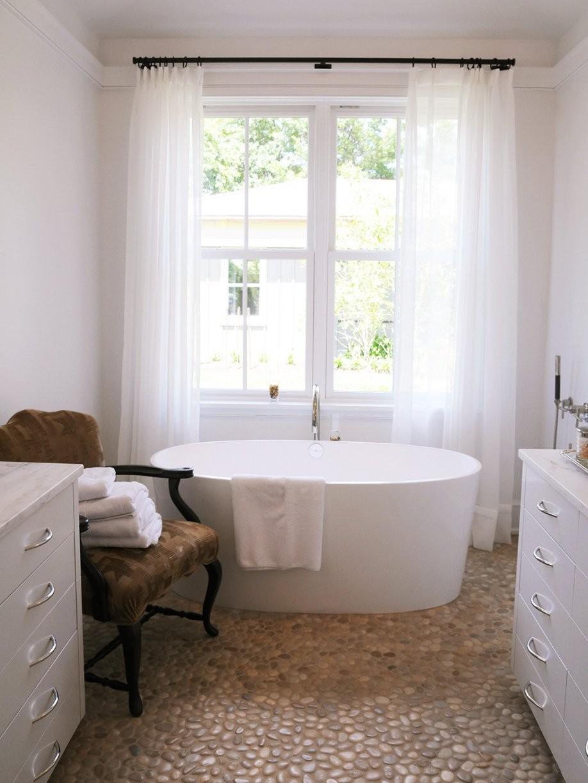 Freistehende Badewannen Das Muss Man Wissen  Moebel von Freistehende Badewanne An Der Wand Photo