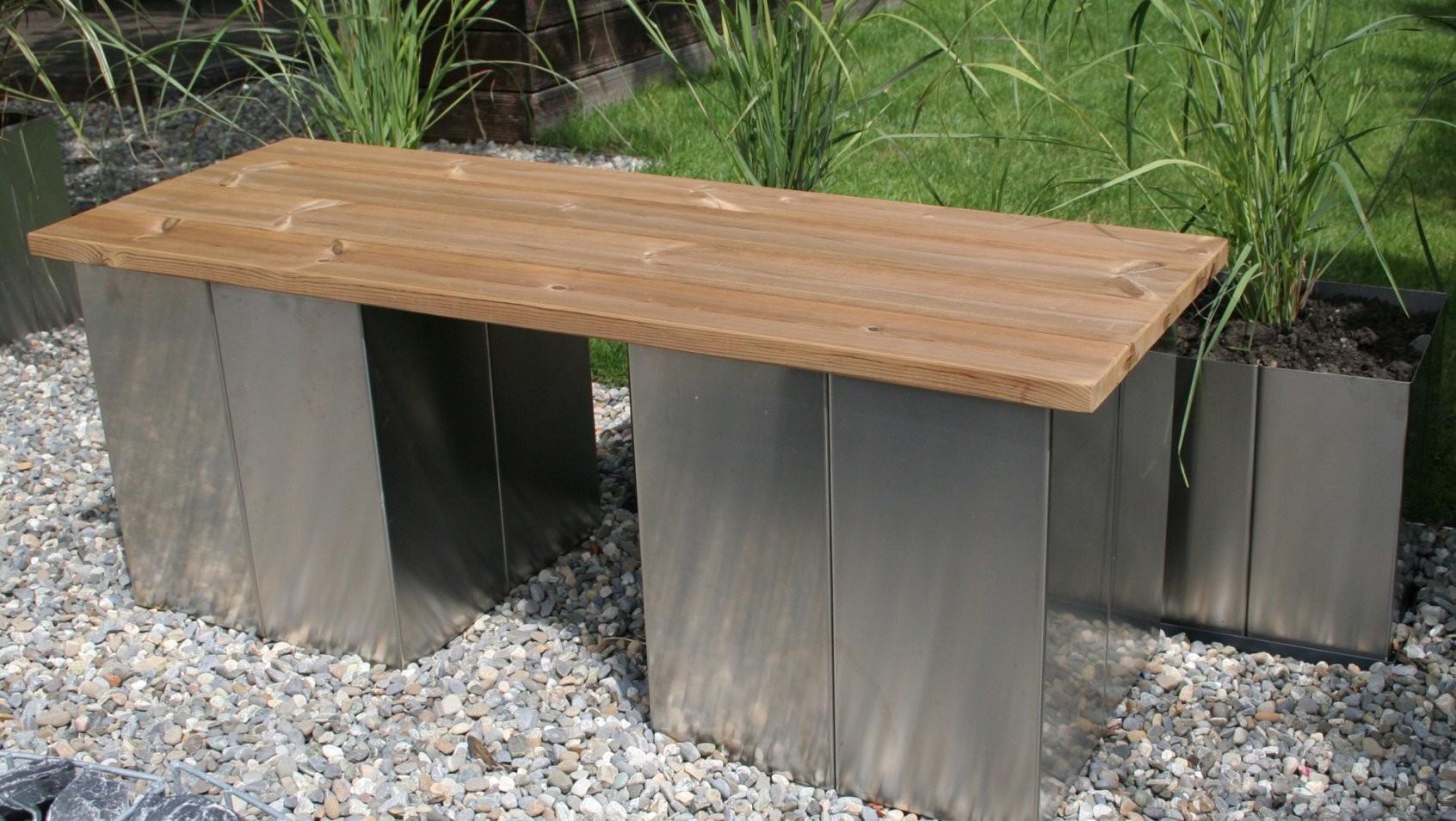 Garten Im Quadrat  Puristische Gartenbank Ohne Lehne Aus Edelstahl von Holzbank Ohne Lehne Garten Bild