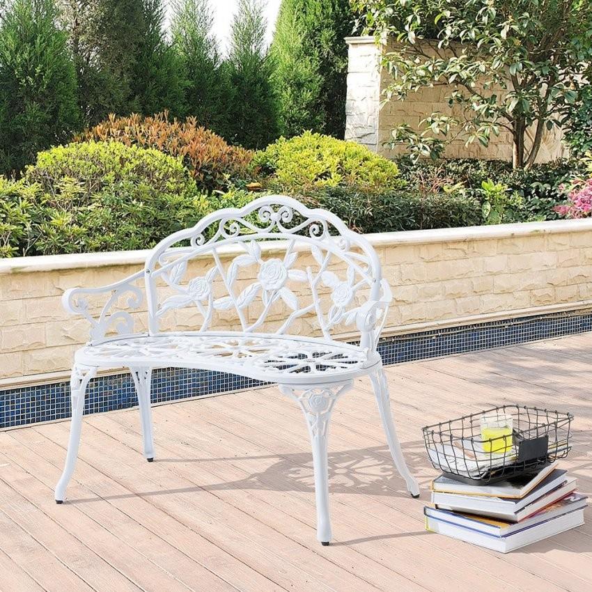 Gartenbank Guss  Gartenbänke Und Andere Gartenmöbel Von Loraville von Gartenbank Gusseisen Weiß Bild