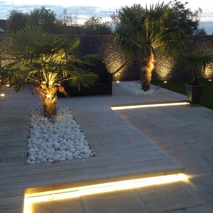 Gartenbeleuchtung Palmen Holz Stein Garten Vorgarten Landschaftsbau von Garten Mit Holz Und Stein Photo