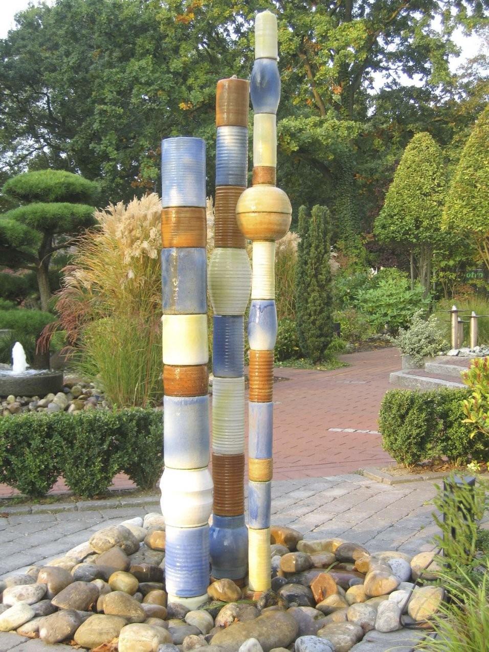 Gartenspringbrunnen  Modern  3 Säulen  Slink  Ideen Mit Wasser von Steinsäulen Für Den Garten Bild