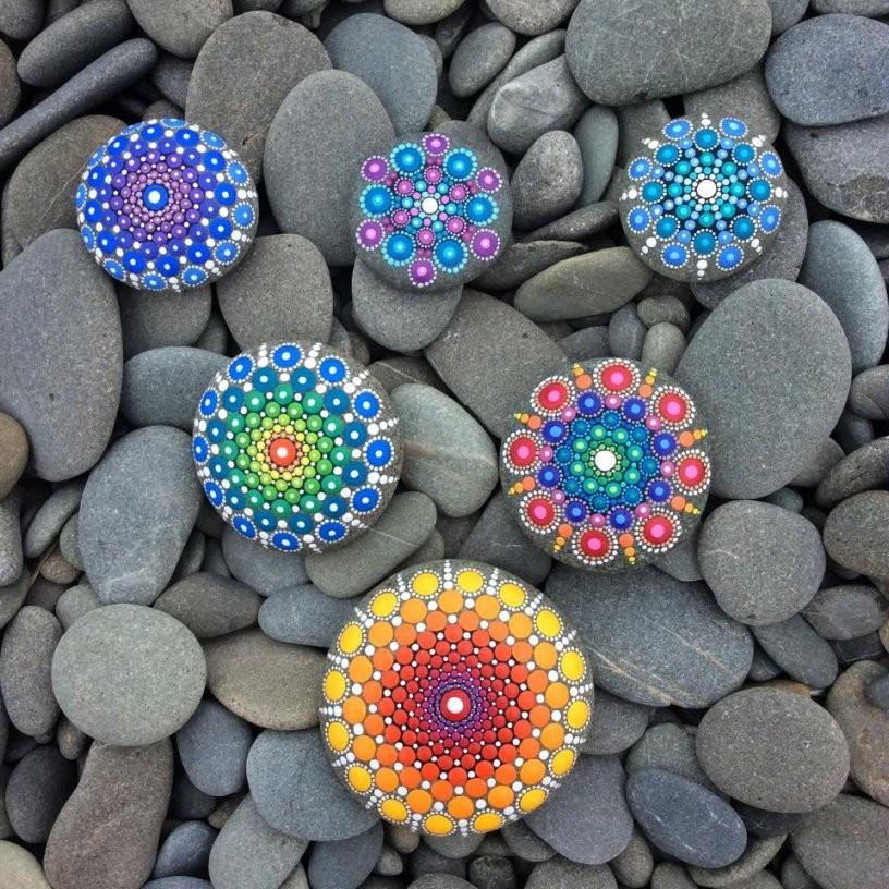 Kreative Diy Dekoration Für Garten Und Zimmer Mit Steinen  Freshouse von Garten Dekorieren Mit Steinen Bild