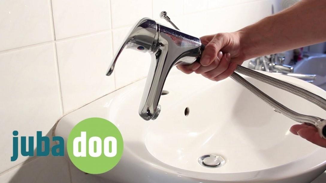 Küchenarmatur Wechseln Wasserhahn Austauschen Leicht Gemacht  Youtube von Armatur Für Kleines Waschbecken Photo