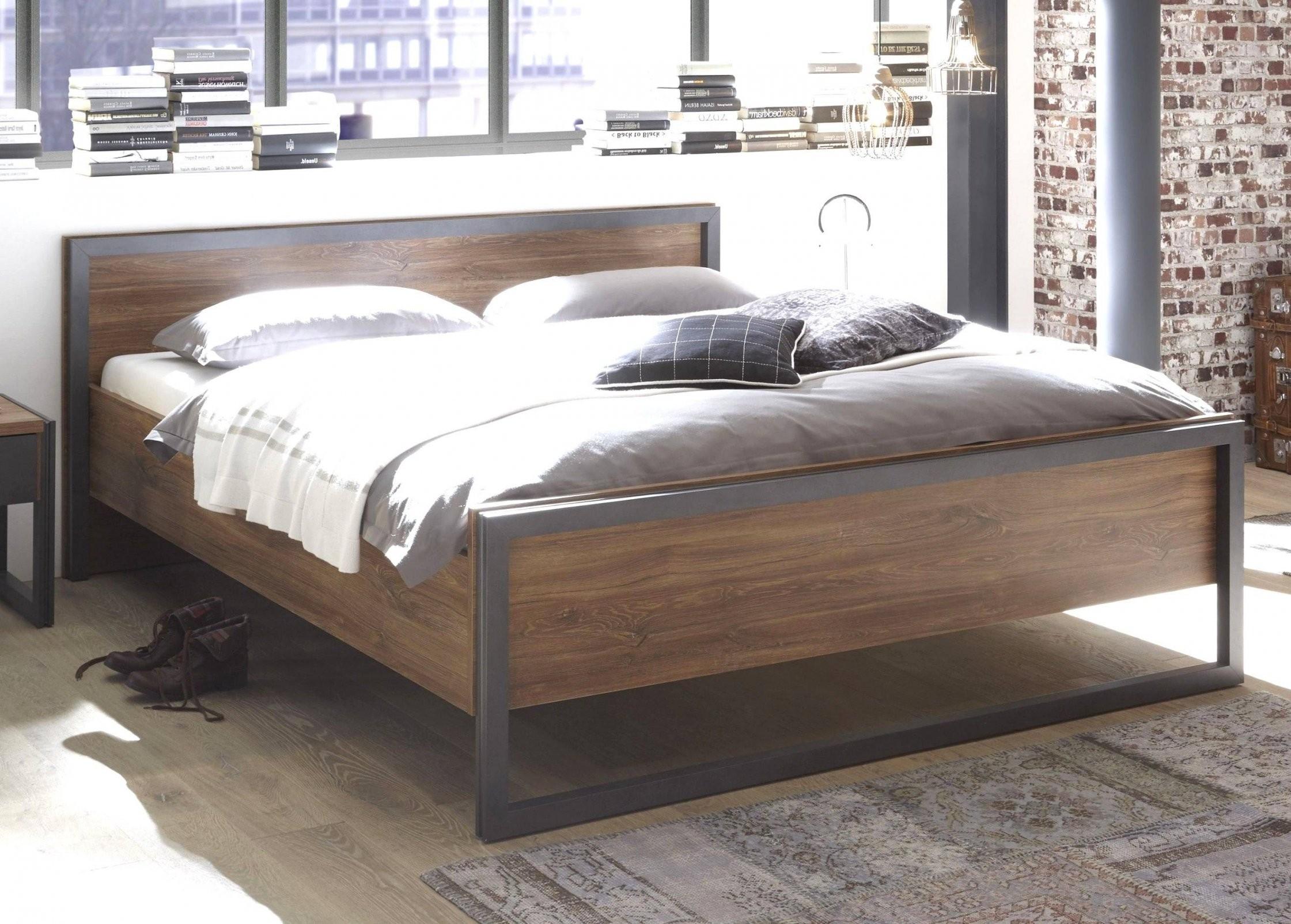 Lattenrost Auf Boden Futonbett Mit Matratze Luxus Komfortables von Boxspring Matratze Auf Lattenrost Photo
