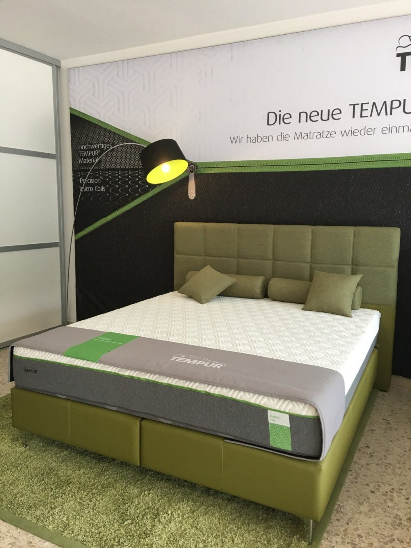 Nur Matratze Als Bett Maureen Ist Den Ganzen Tag Einund Bett Zazaiz von Nur Matratze Als Bett Photo