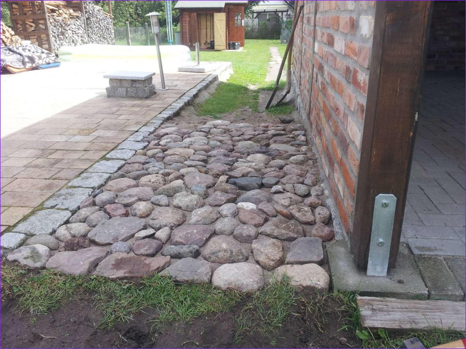 Pflastersteine Verlegen Untergrund  Fenster Mit Einbruchschutz von Steine Im Garten Verlegen Bild