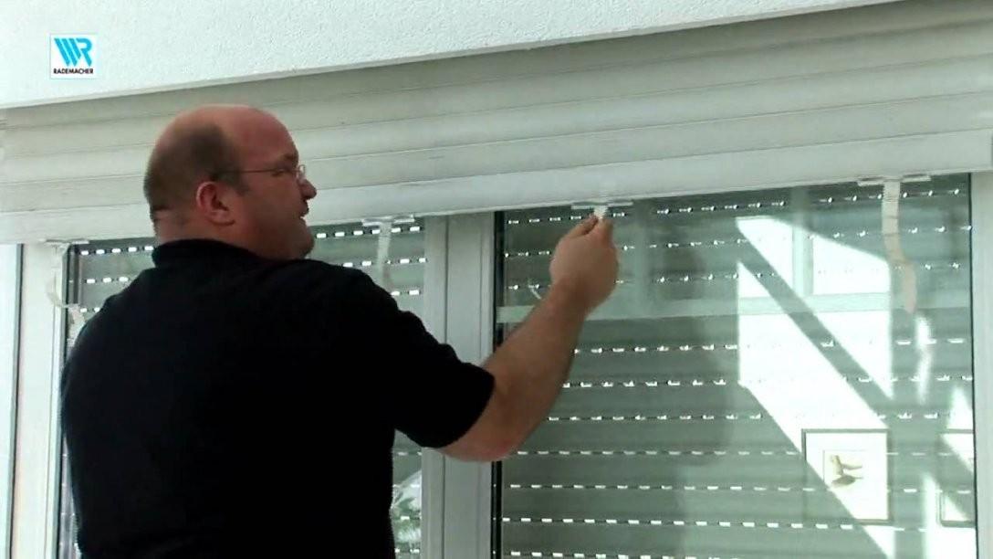 Rohrmotorrolladen Einbau  Youtube von Fenster Rollos Außen Reparieren Bild