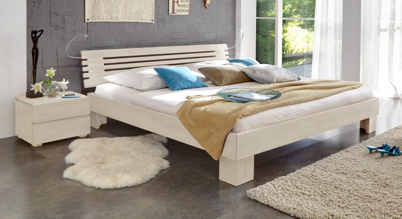 Rustikale Betten Im Landhausstil Hier Kaufen  Betten von Bett 180X200 Weiß Holz Bild