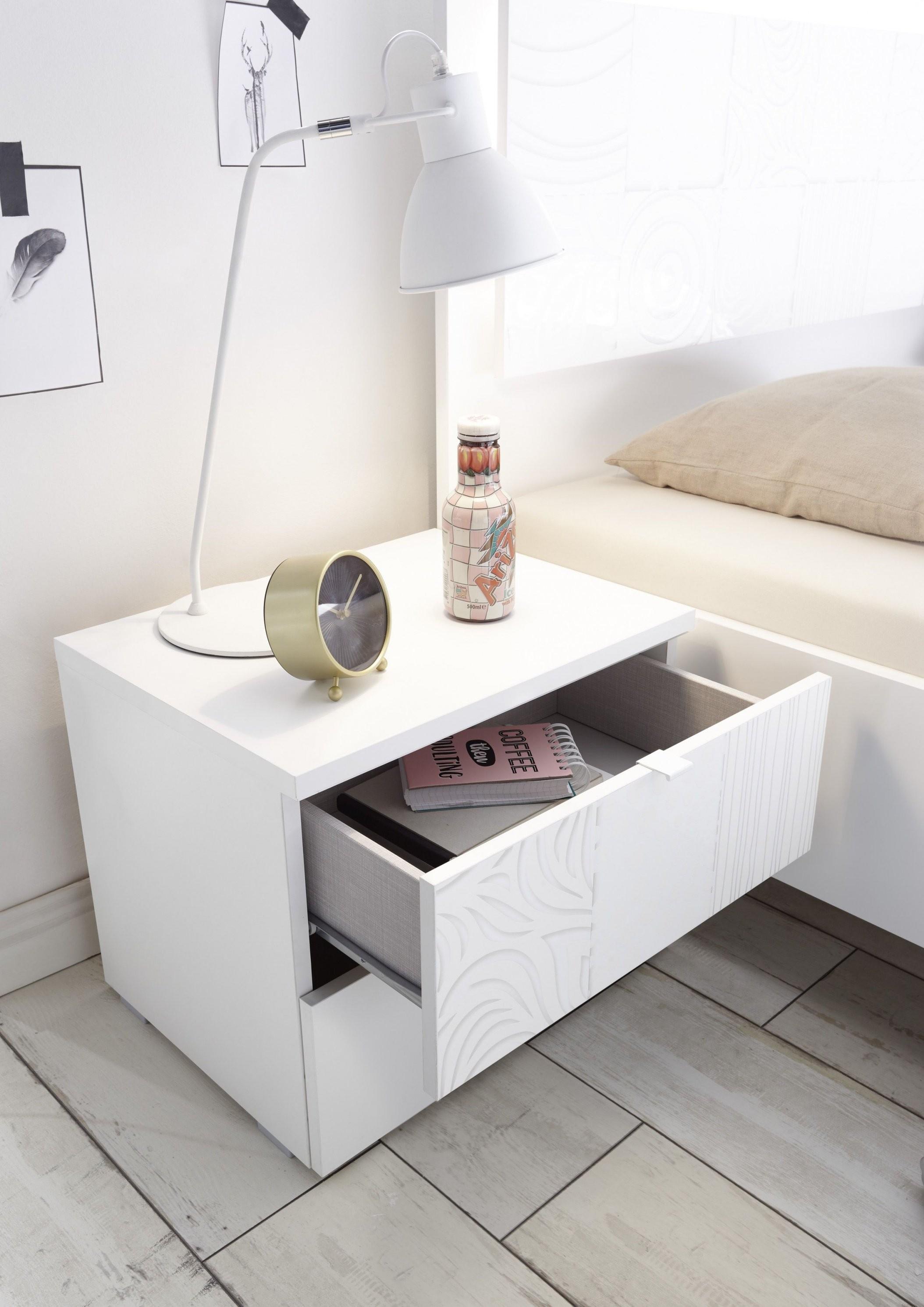 Schlafzimmer Mit Bett 180 X 200 Cm Weiss Matt Mit Siebdruck In Weiss von Bett 180X200 Weiß Hochglanz Photo