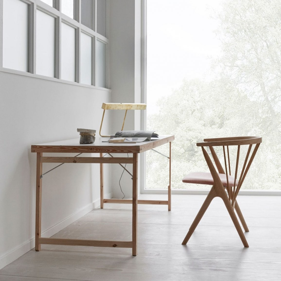 Stuhle Skandinavisches Design  Parsvending von Stühle Skandinavisches Design Photo