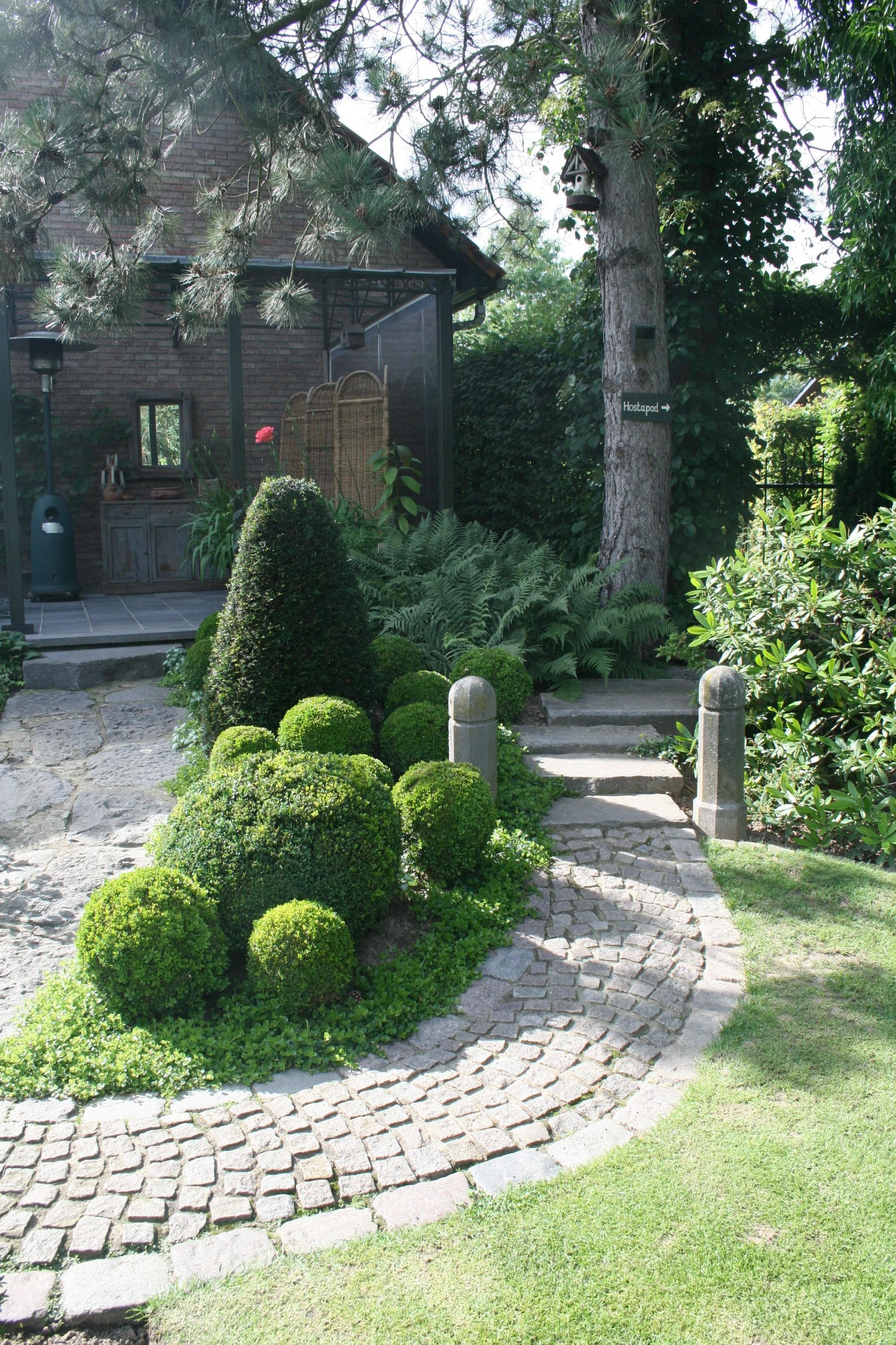 Tolle Deko Ideen Mit Steinen Im Garten Konzept Design Inside von Garten Dekorieren Mit Steinen Photo