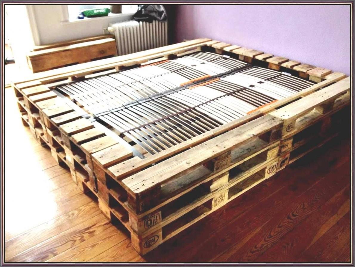 Was Passt Zu Braunen Möbeln Von Bett Aus Europaletten 180X200 Design von Bett Aus Europaletten 180X200 Photo