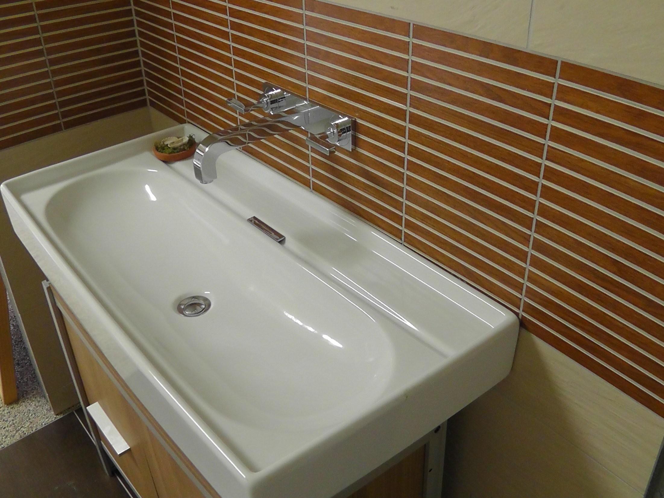 Waschbecken Ohne Hahnloch  Mit Unterschrank von Kleines Waschbecken Ohne Hahnloch Photo