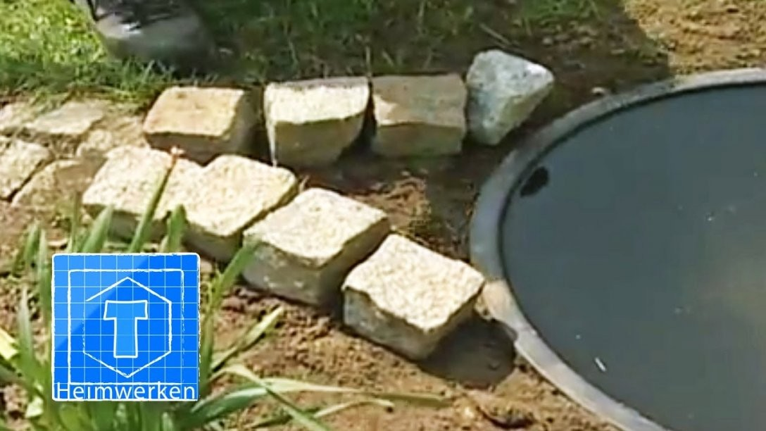 Wasserspiel Für Den Garten Bauen  Tooltown Garten Tipp  Youtube von Wasserspiel Garten Stein Bild
