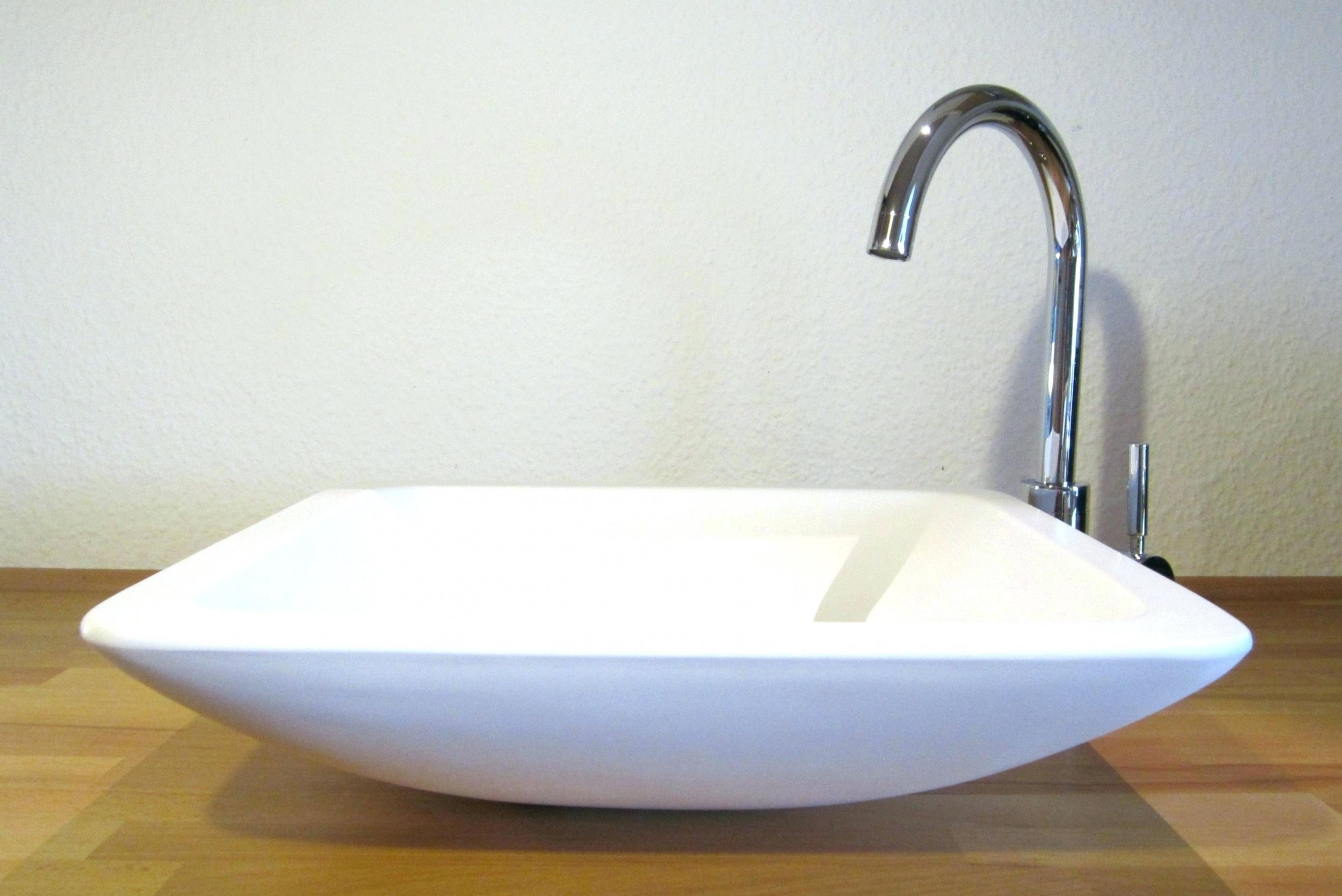 Wc Waschtisch Perfekt Kleine Waschtische Mit Waschbecken Klein Home von Wc Waschbecken Klein Photo
