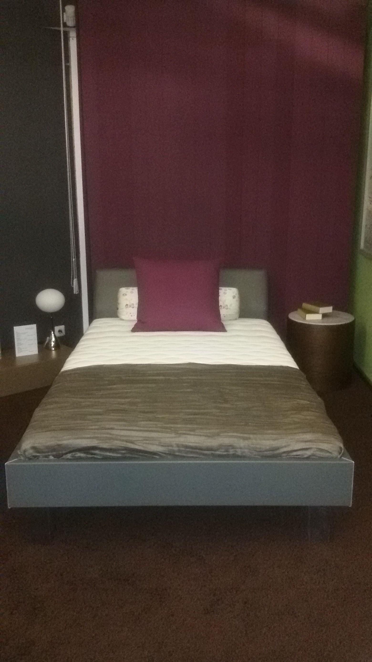 Wohnsinnspreise Bett Inkl Lattenrost Matratze Und Kissen von Bett Inklusive Lattenrost Und Matratze Bild