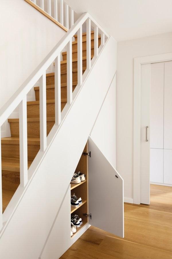 20+ Beispiele Wie Man Den Raum Unter Der Treppe Sinnvoll Nutzen Kann von Schuhschrank Unter Der Treppe Bild