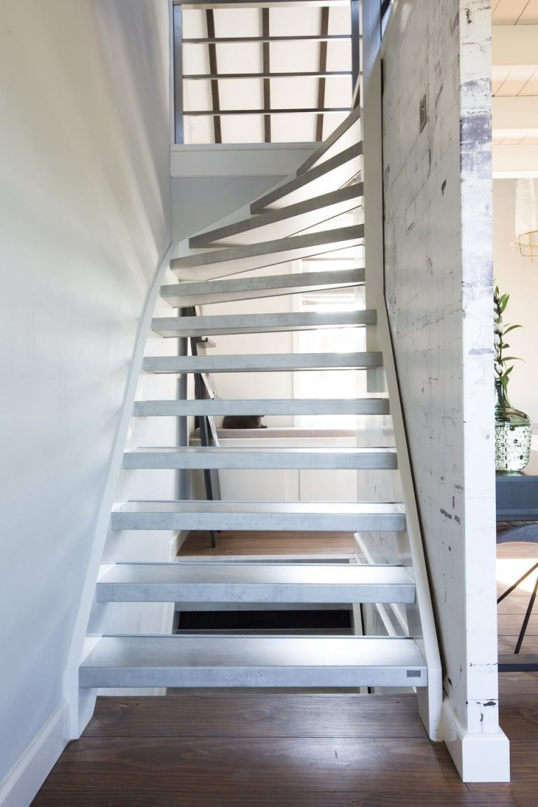 3 Wichtige Gründe Ihre Treppe Nicht Zu Streichen von Treppe Streichen Welche Farbe Photo