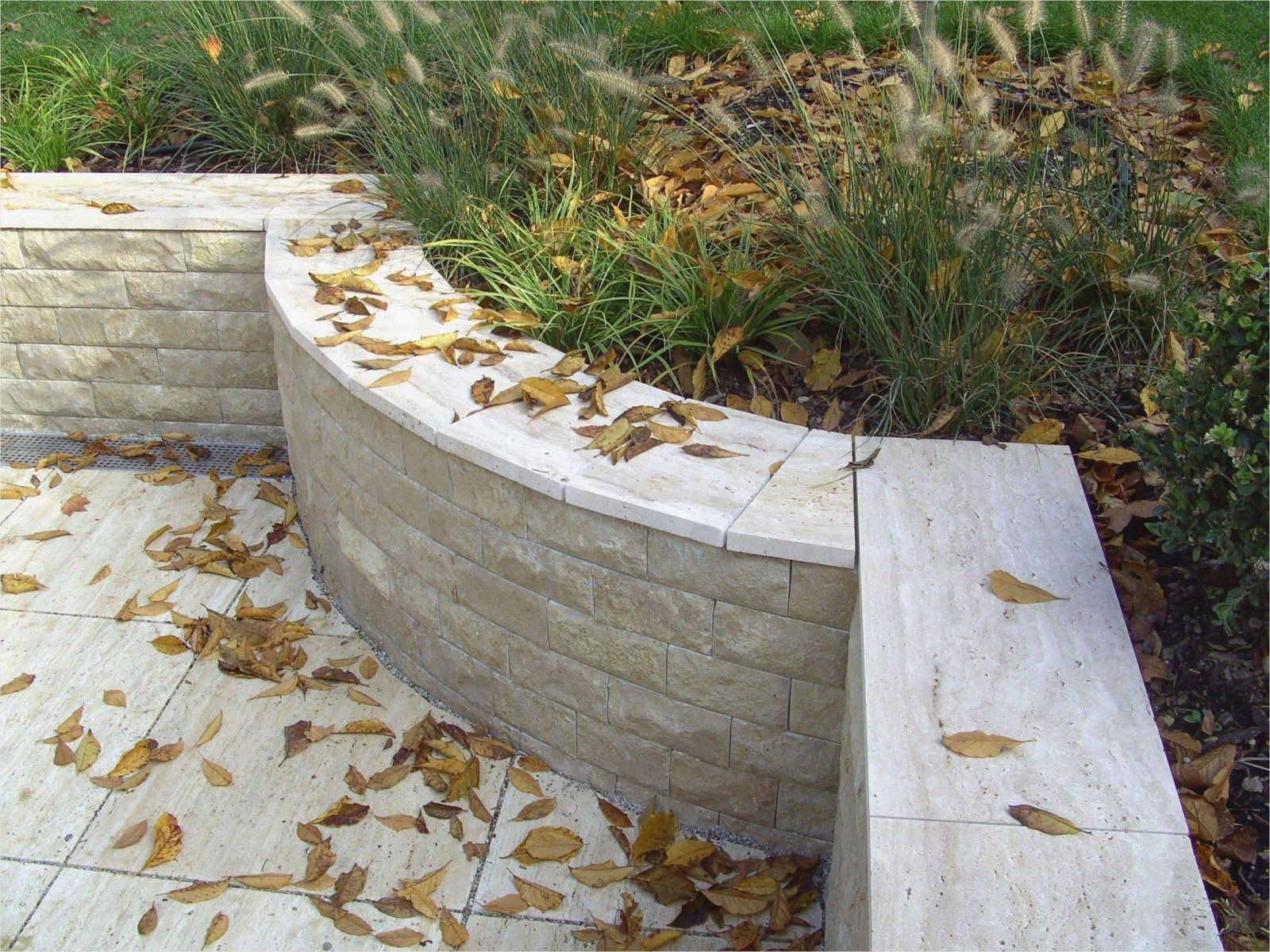 38 Bewundernswert Steinmauern Im Garten Designideen Von Steinmauern von Steinmauern Im Garten Selber Bauen Photo
