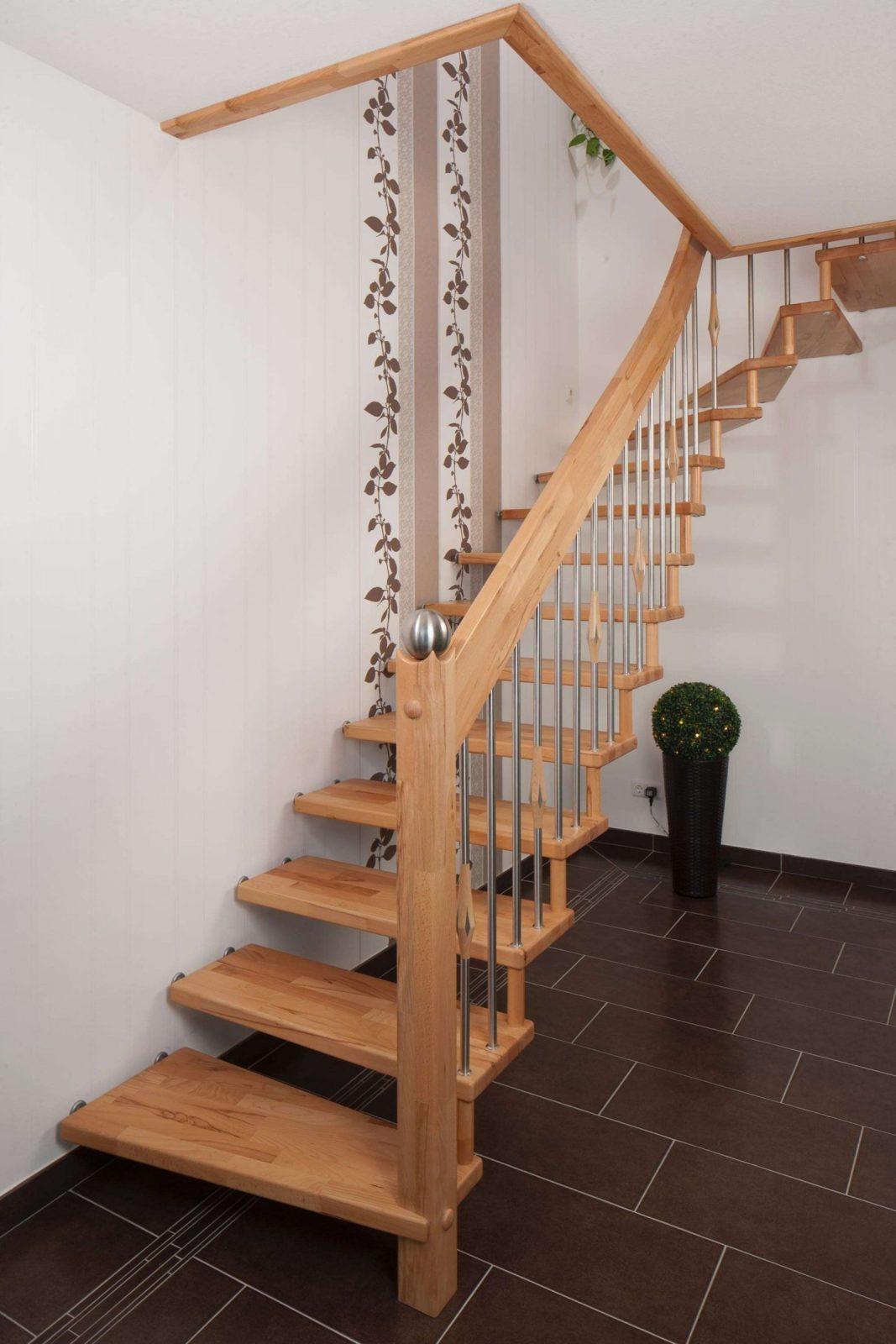 45 Das Beste Von Freitragende Treppe Galerie  Vervollständigen Sie von Freitragende Treppe Selber Bauen Photo