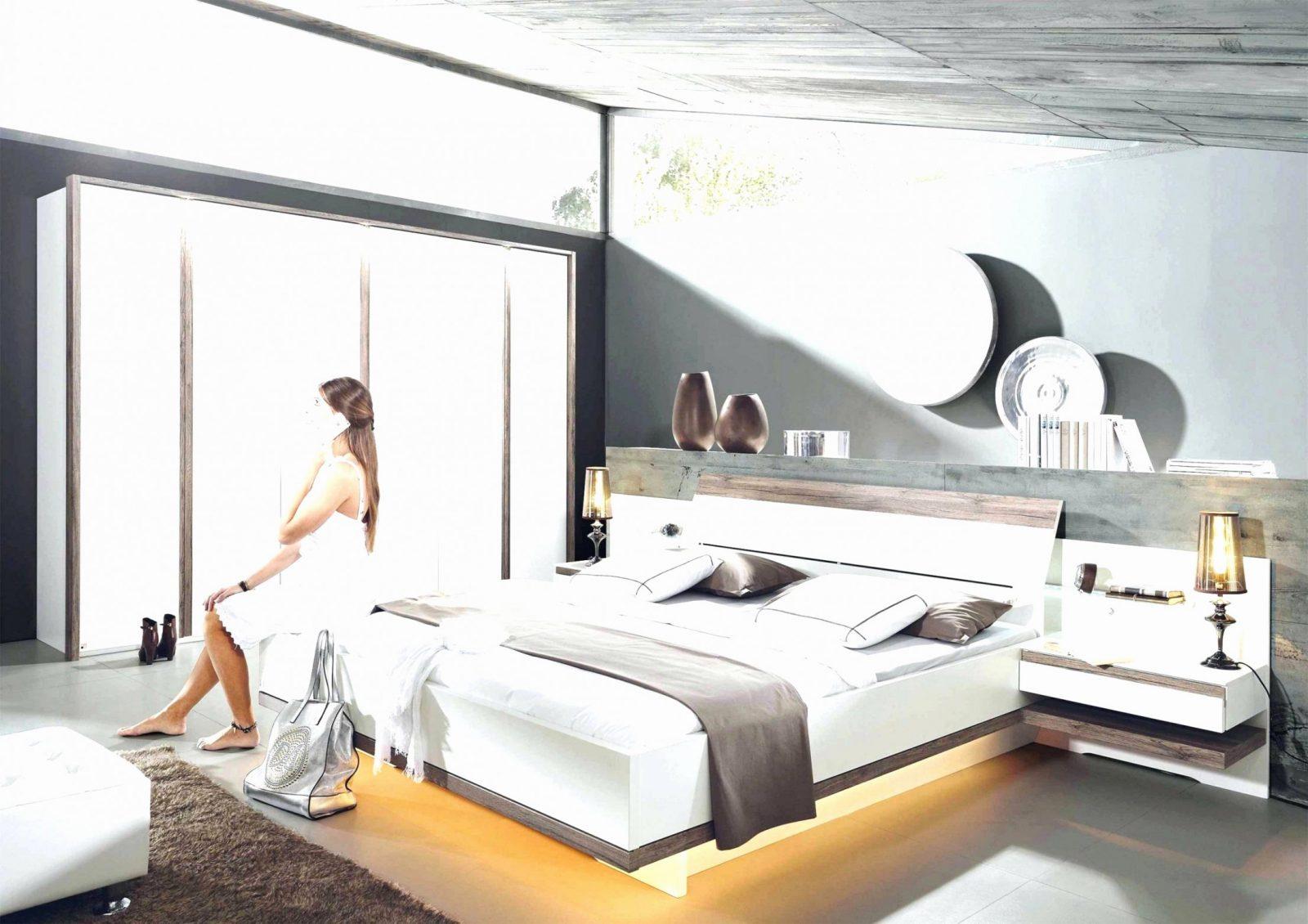 55 Luxus Bild Von Bank Vor Dem Bett  Grundrisse Idee von Bank Vor Dem Bett Photo