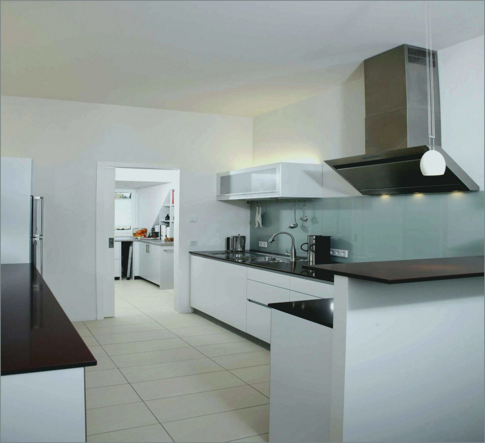 Abwaschbare Farbe Für Küchenrückwand  Graue Küche Welche Wandfarbe von Abwaschbare Farbe Für Küche Photo