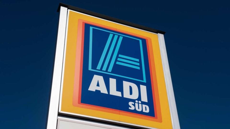 """Aldi Reagiert Auf Vorwürfe Zu Vorkauf Bei Angestellten """"Nur Dann von Aldi Star Wars Bettwäsche Photo"""