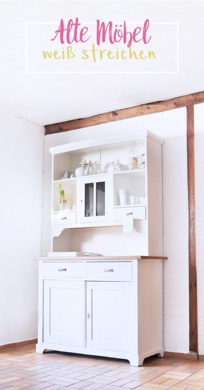 Alte Dunkle Holz Möbel Weiß Streichen In Meiner Schritt Für Schritt von Schrank Tapezieren Kreative Ideen Bild