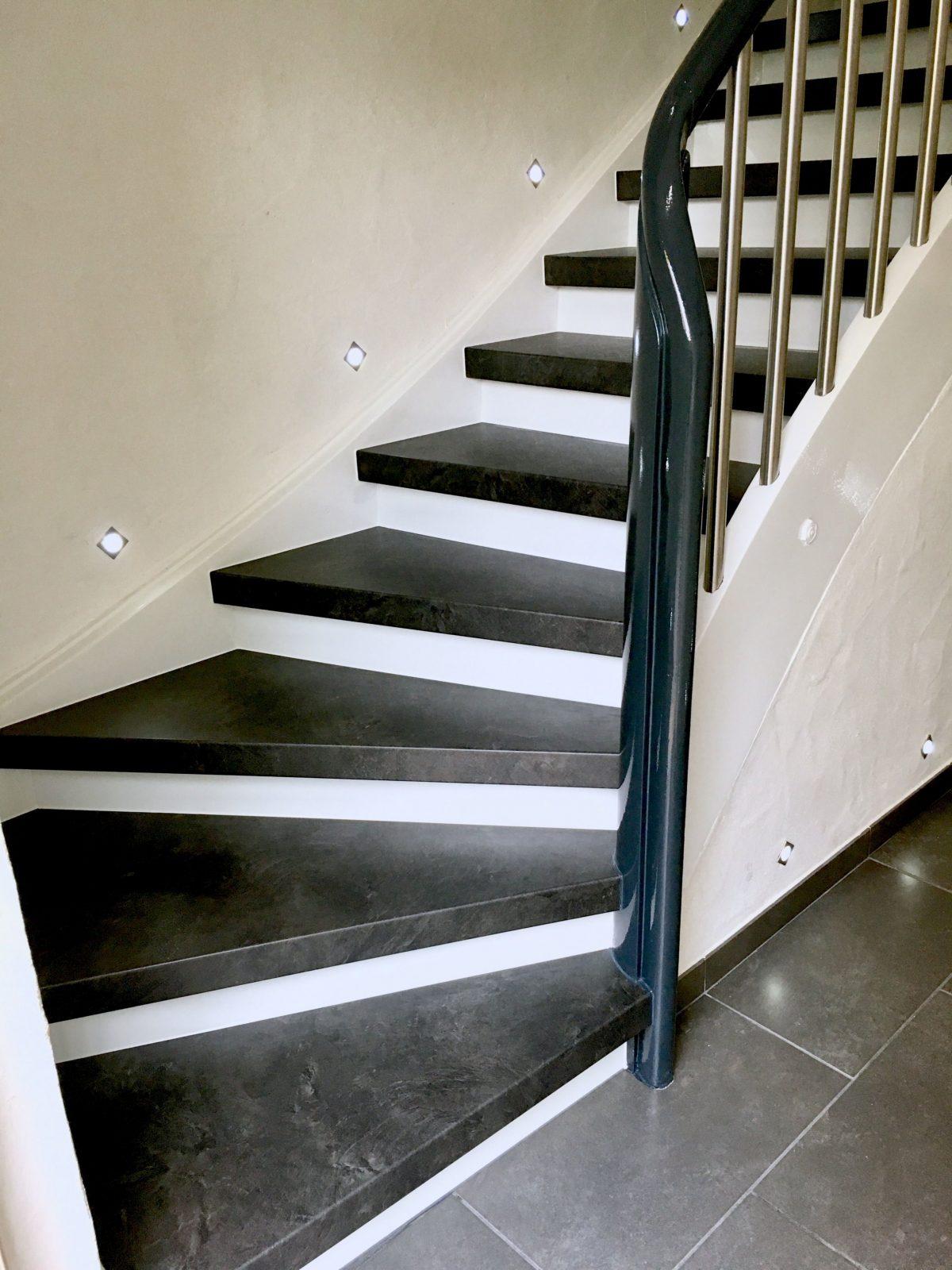Alte Treppe Wieder Neu  Alte Treppe Neu Gestalten In 2019  Treppe von Altes Treppenhaus Neu Gestalten Bild