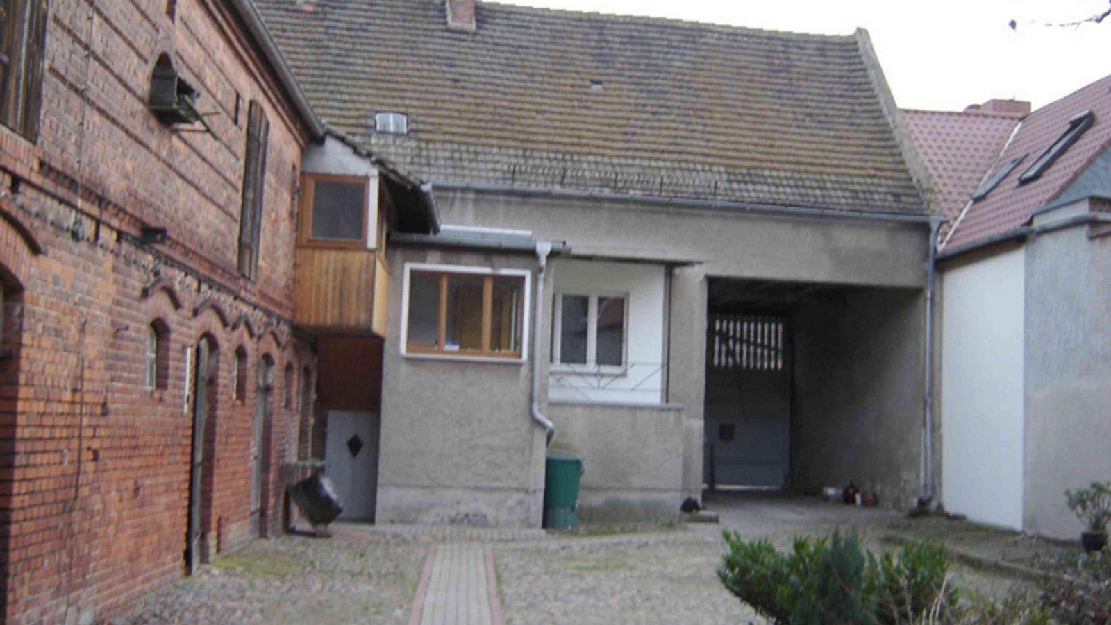 Altes Haus Umbauen Architektin Saniert Dreiseithof Bei Magdeburg von Altes Haus Sanieren Vorher Nachher Photo