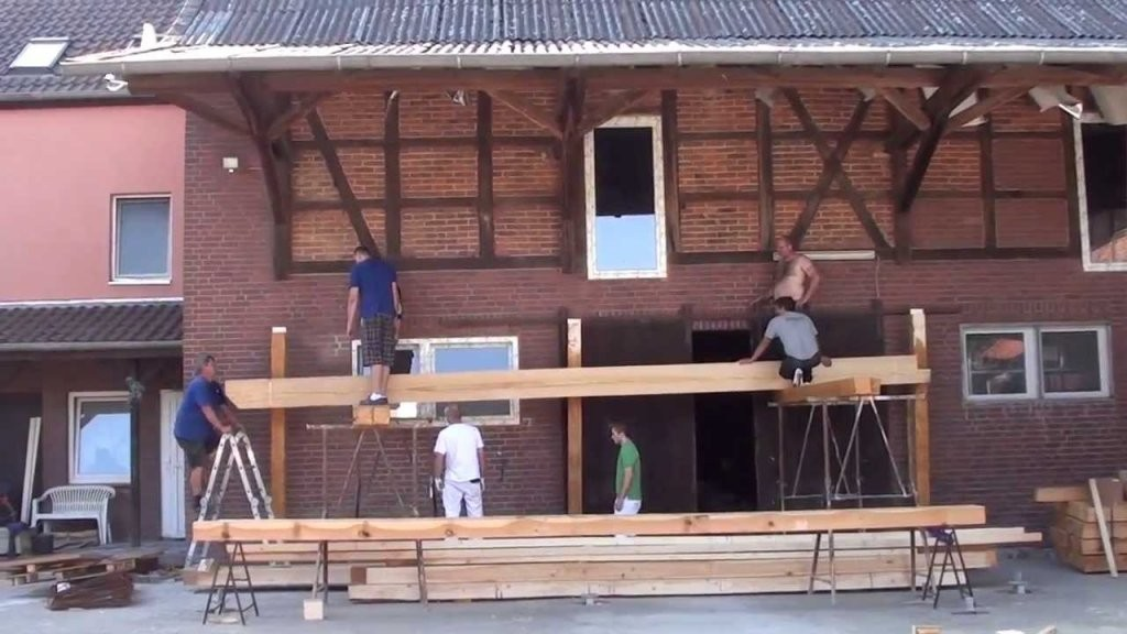 Aufbau Der Unterkonstruktion Balkon  Youtube von Anbaubalkon Holz Selber Bauen Bild