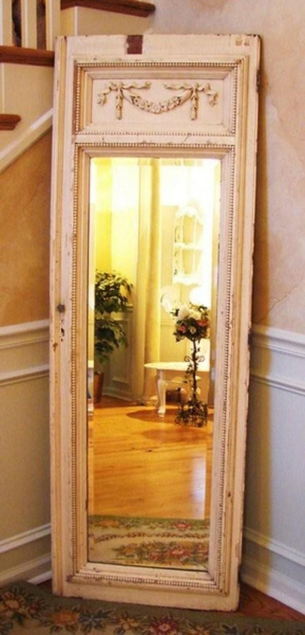 Aus Einer Alten Tür Einen Spiegel Machen Klasse Idee  Alte Tür In von Ideen Mit Alten Türen Bild